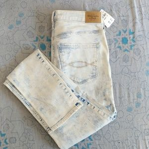 Abercrombie bleach washed skinny Jeans 2094